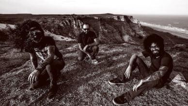 """DEAFKIDS stream """"Templo do Caos""""from their new album Metaprogramação incoming via Neurot Recordings March 15th"""